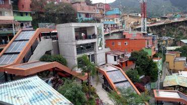 Outdoor escalators, Comuna 13